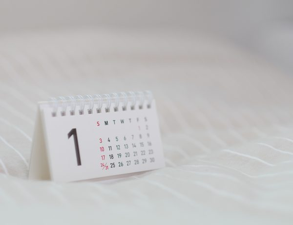 Calendar illustrating a guide to playing the 30 Day Minimalism Game decluttering challenge